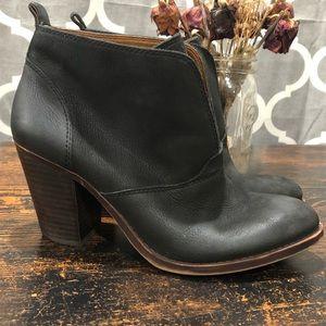 Lucky Brand Ehllen booties | size 9.5